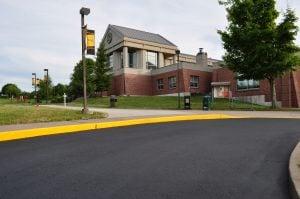 installing a concrete sidewalk