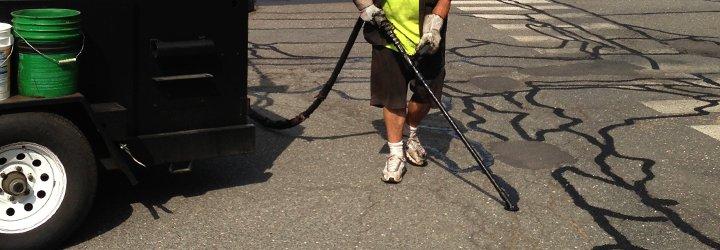 asphalt crack filler