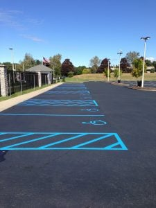 parking lot striping ada regulations