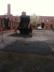 ideal temperature for asphalt paving