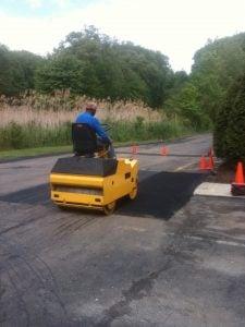 ideal temperature for asphalt paving compaction