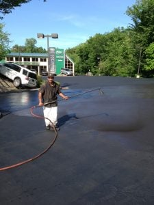 asphalt sealer, asphalt sealcoating, protect pavement from sun damage