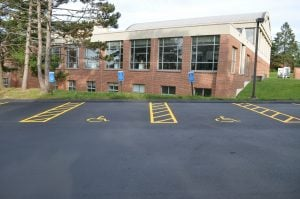 parking lot striping and pavement markings ada requirements