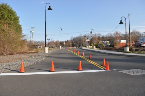 traffic flow during paving with paving companies